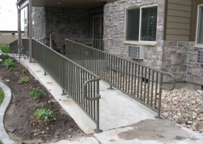 Hand-Railing-by-Custom-Fence-3